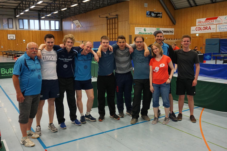 Das TSV-Butzbach-Team mit Zuschauern